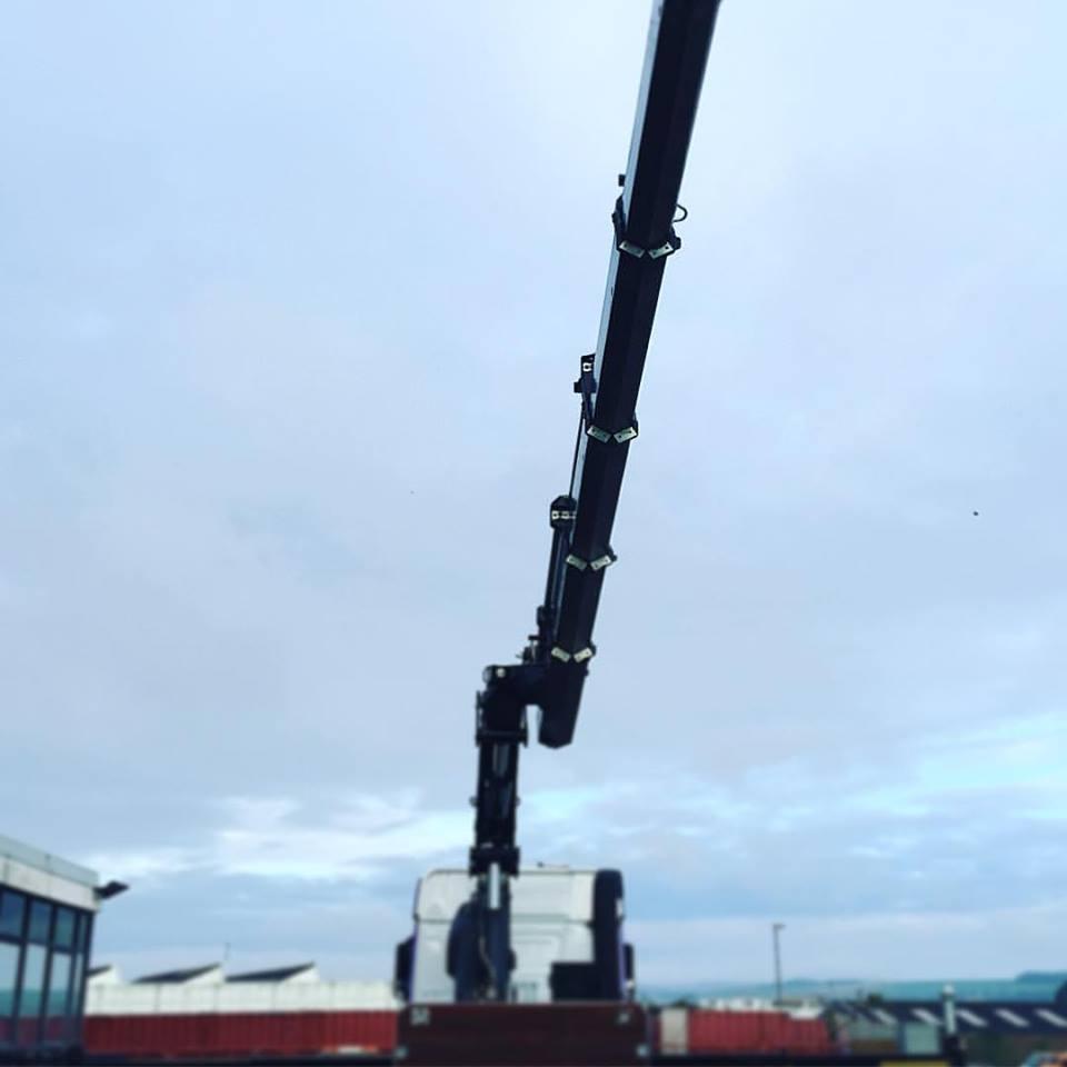 crane out