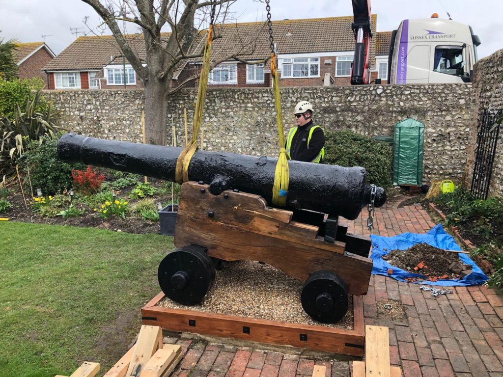cannon lifted crane