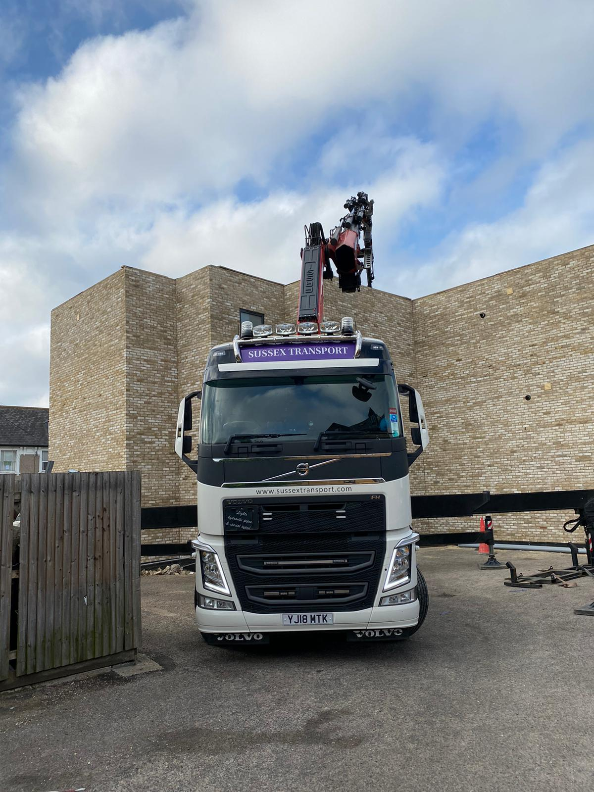 Sussex Balcony Frames Lifting HIAB